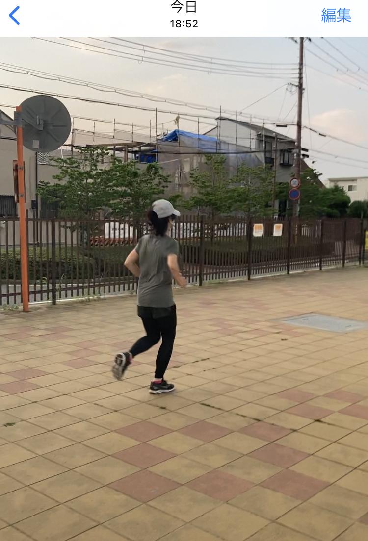 大阪と兵庫の県境の猪名川河川敷で初心者走り方ランニング教室を指導