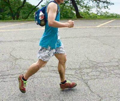 ランニングの土踏まずや膝等の痛みの炎症の詳しい原因と回復する方法